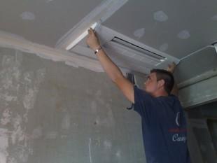 instalación Mitsubishi Electric MLZ-KA35VA con split en el techo inverter decorativo y empotrado