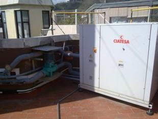 CIATESA Agua Aire semi-compacta vertical para unidades de conductos múltiples